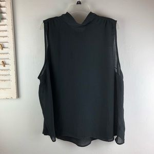 Who What Wear sleeveless Blouse Size 3X Tie Back